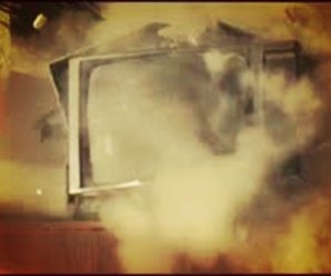 Televizyon neden ve nasıl patlar?